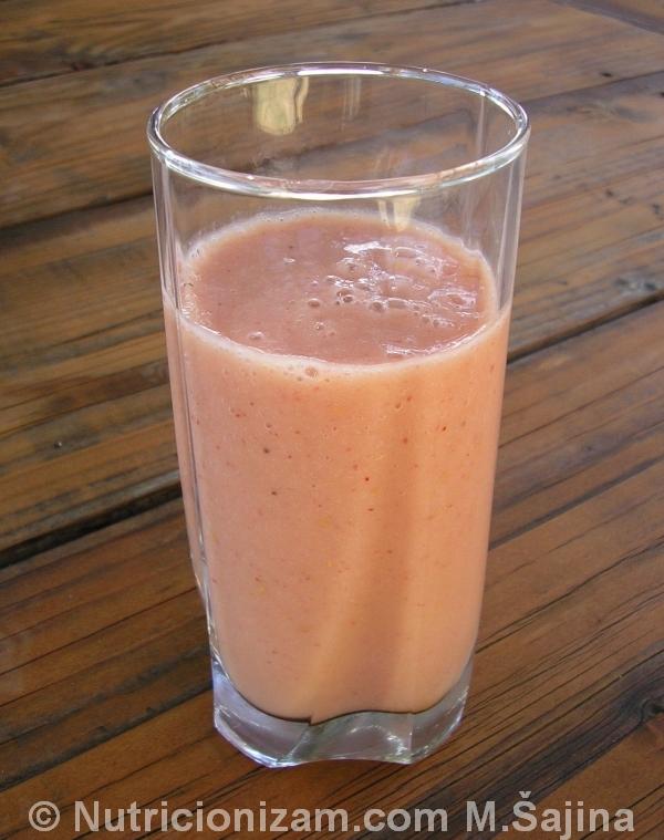 Kremasti sok od breskve i maline C